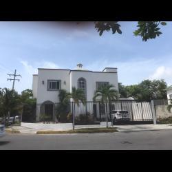 Casa en venta en Cancun en zona de gran plusvalía, SM 17