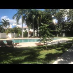 Casa en Venta Residencial Capulines, Av. Nizuc, SM 17, Cancún