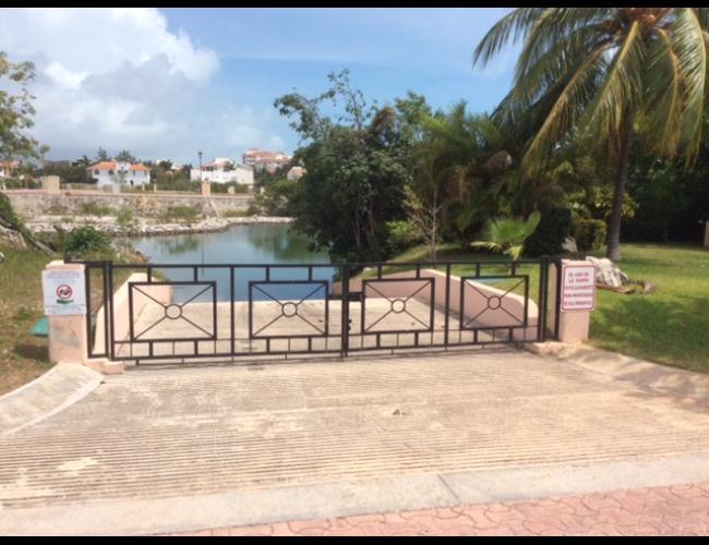 Terreno en venta Isla Dorada, Cancún